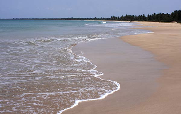 Kalkudah-Beach-Siyathra