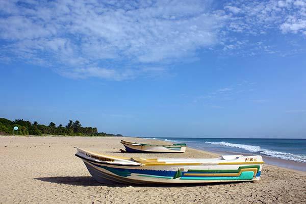 Nillaveli_Beach-Siyathra